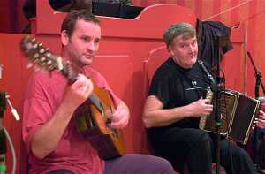 Jon Sanders and Seamus Begley made the music on Friday night in Dingle.